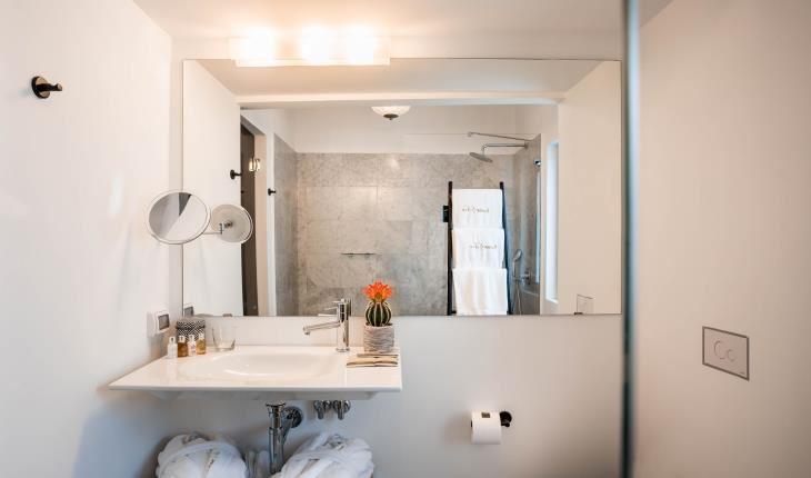 Lear Sense Hotel Gadera | Flair Room