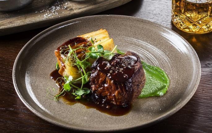 Veal fillet and gratin