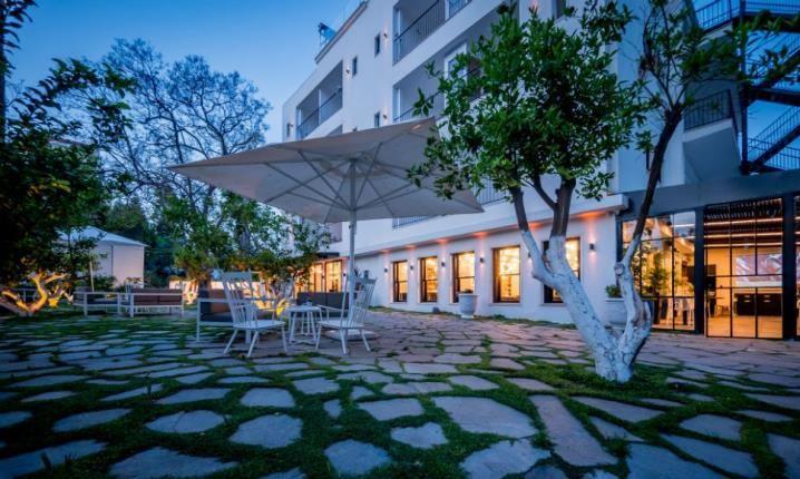 Lear Sense Hotel Gadera | Outside Area